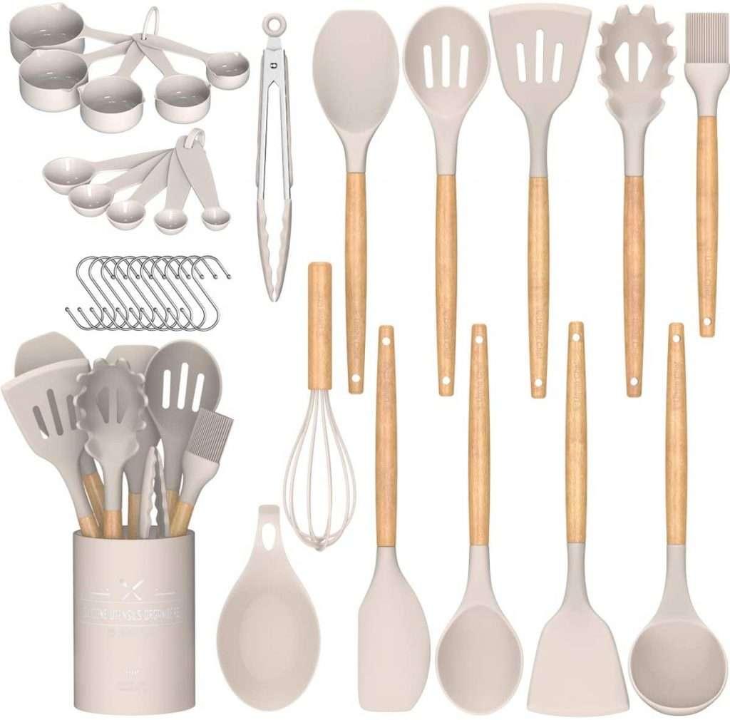 Frugal Living 2020 Kitchen Essentials