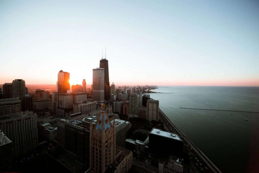 Best sunsets in the US, prettiest sunsets in the US, where to see the best sunsets in Chicago, where to see the best sunsets in the USA