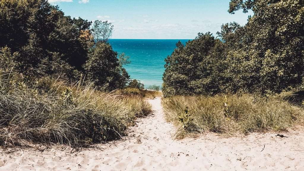 Indiana Dunes State Park, Summer Road Trips, Travel This Summer, Best Places to Travel in July, Summer Road Trip, 4th of July, travel this summer,