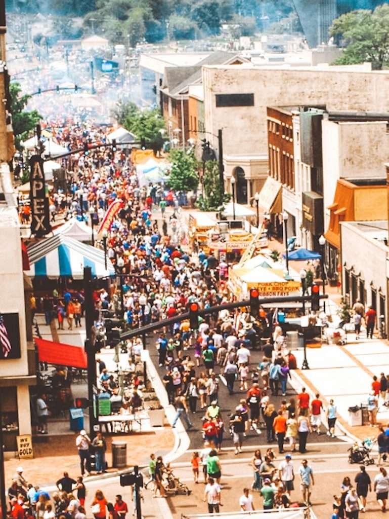 International BBQ festival in owensboro, Weather in owensboro, restaurants in owensboro ky, things to do in owensboro kentucky, free things to do in owensboro ky,