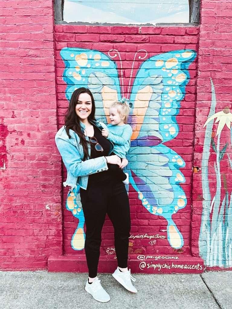 butterfly mural in in owensboro kentucky, Weather in owensboro, restaurants in owensboro ky, things to do in owensboro kentucky, free things to do in owensboro ky,