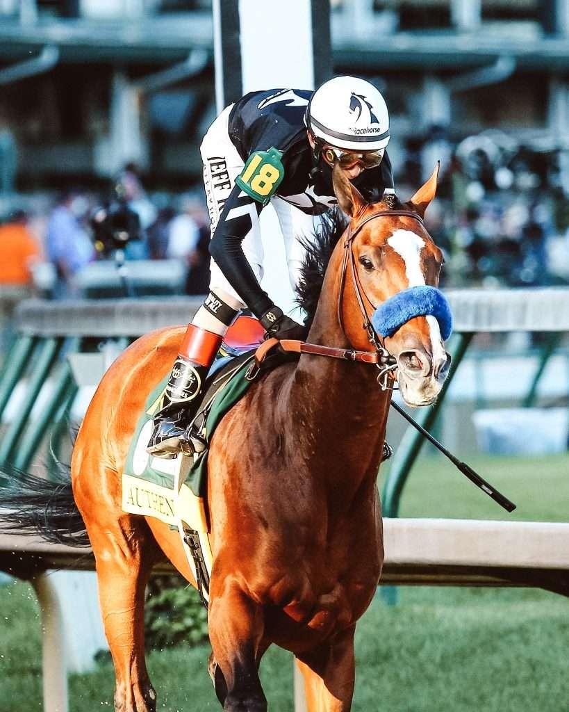 Keeneland race track, Keeneland horse racing, keeneland schedule, Keeneland spring meet, Keeneland Kentucky, what To wear to Keeneland, Keeneland outfit
