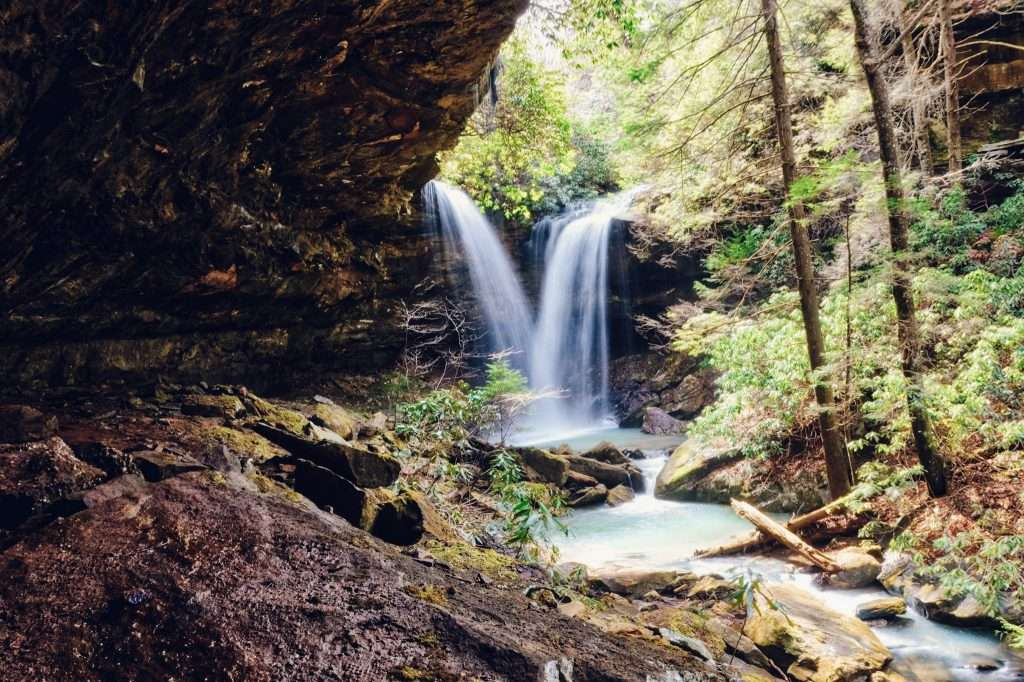 Pine Island Double Falls - Kentucky Hiking, Hiking in Kentucky, Hiking trails in Kentucky, best hiking in Kentucky, best hikes in Kentucky, waterfalls in Kentucky, Kentucky waterfalls, hiking trail with waterfalls