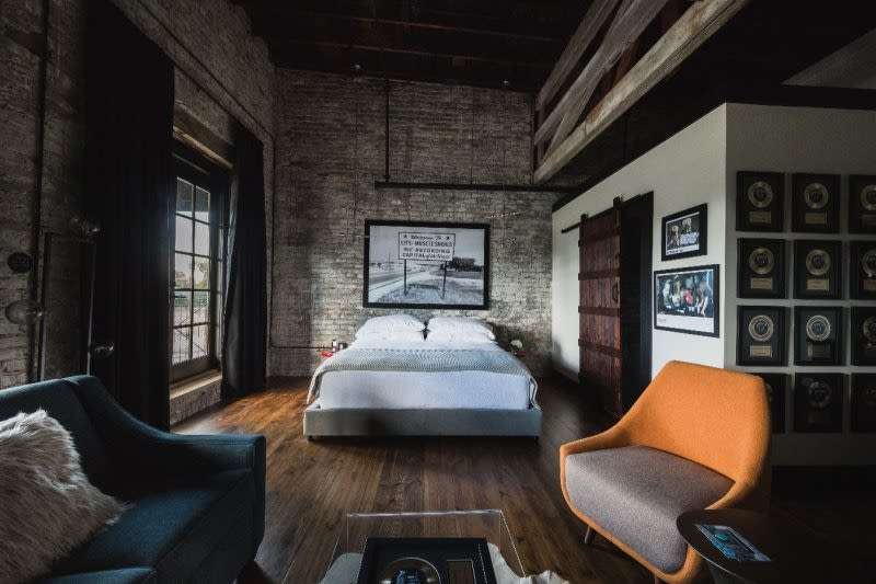The Gunrunner Boutique Hotel - Best Hotels in Florence Alabama, Great Southern Hotels, Pretty Southern Resorts,