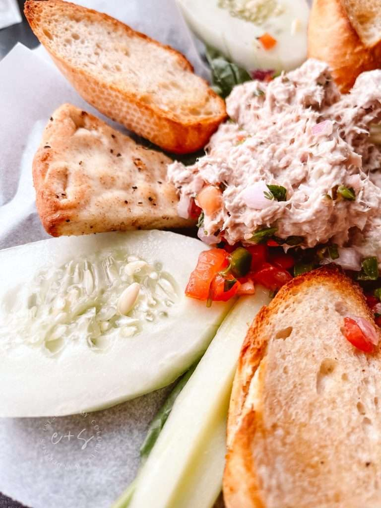 Double Dogs Tuna Salad platter healthy restaurants in Louisville, Keto restaurants in Louisville,