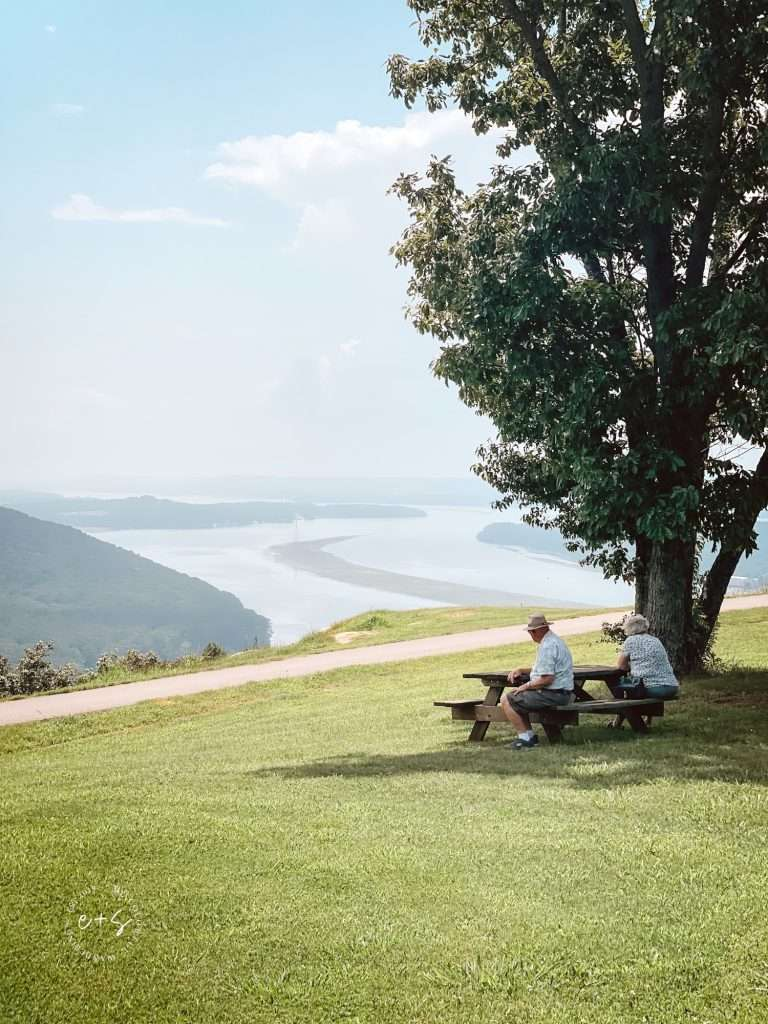 Sitting at 1,300 feet is this tiny park in the foothills of the Appalachian Mountains. With a panoramic view of the Tennessee River Valley below, Weathington Park is a must-do detour on your next Southern road trip!