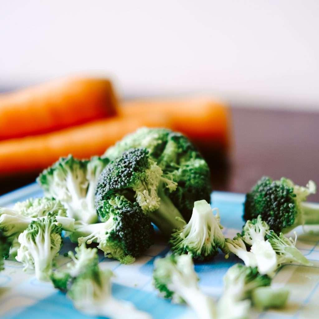 sugar free road trip snacks like broccoli