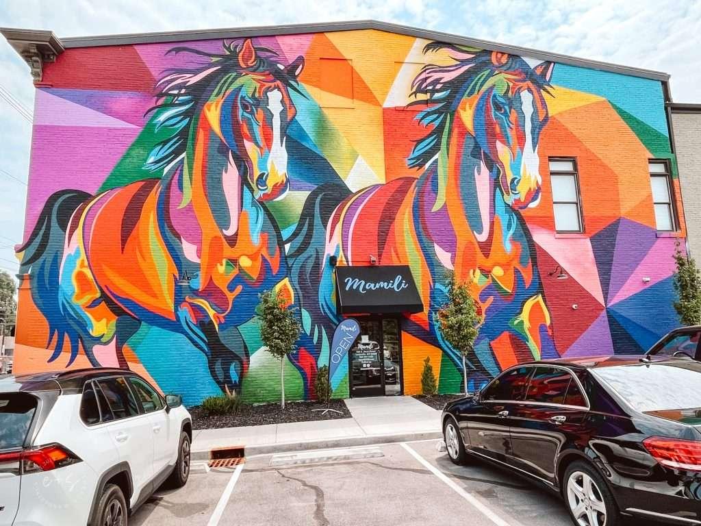 Horse mural in Nulu Louisville