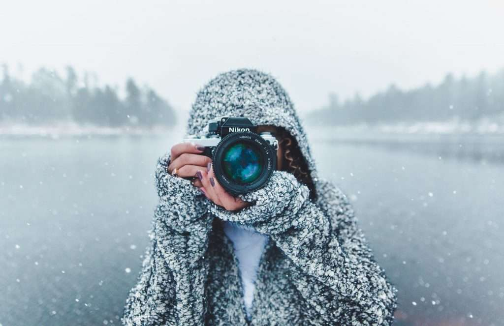 camera gear for outdoor photographers, gifts for outdoorsy women