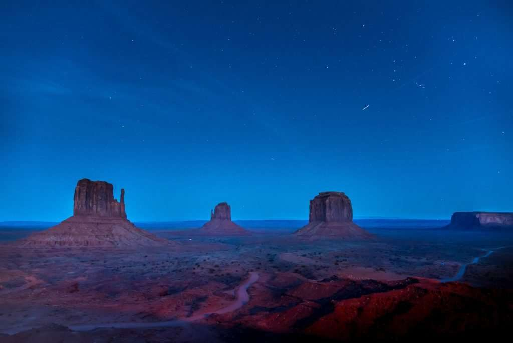 monument valley at night, utah monument valley, monument valley in utah, monument valley in Arizona