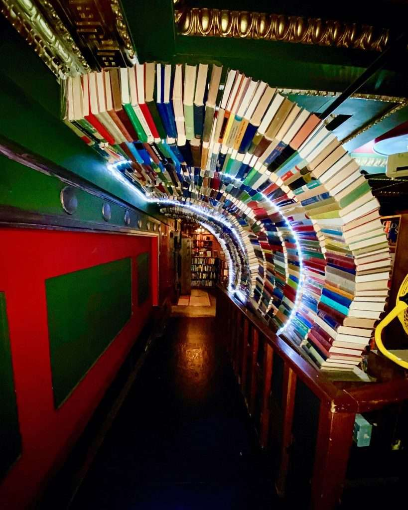 the last bookstore in los angeles - beautiful bookstores in the usa