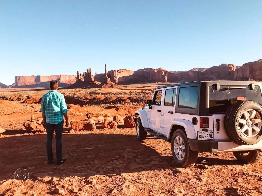 renting a car to go to monument valley, utah monument valley, monument valley in utah, monument valley in Arizona