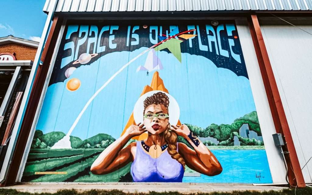 space is our place huntsville murals | best murals in huntsville alabama | Huntsville Alabama Itinerary | What To do in huntsville alabama | Fun things to do in Huntsville Alabama | Huntsville Alabama Itinerary | What To do in huntsville alabama | Fun things to do in Huntsville Alabama